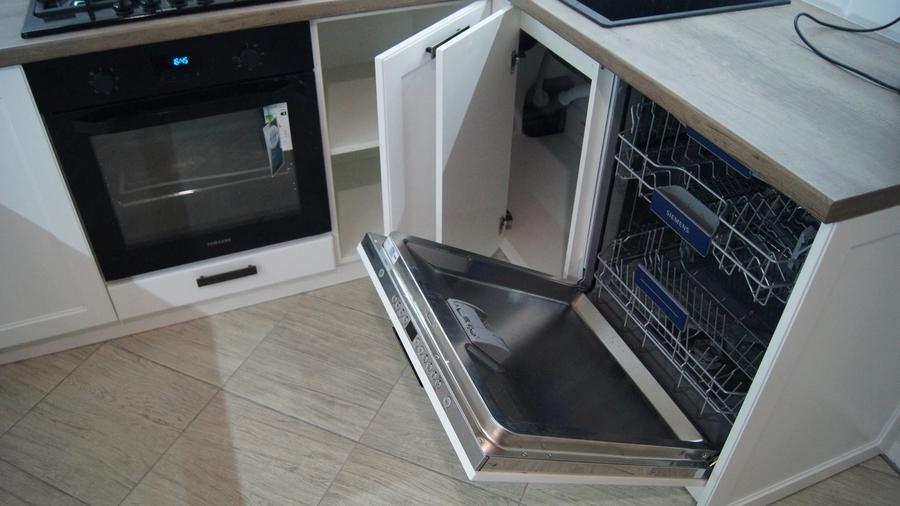 Белый кухонный гарнитур-Кухня МДФ в эмали «Модель 202»-фото8
