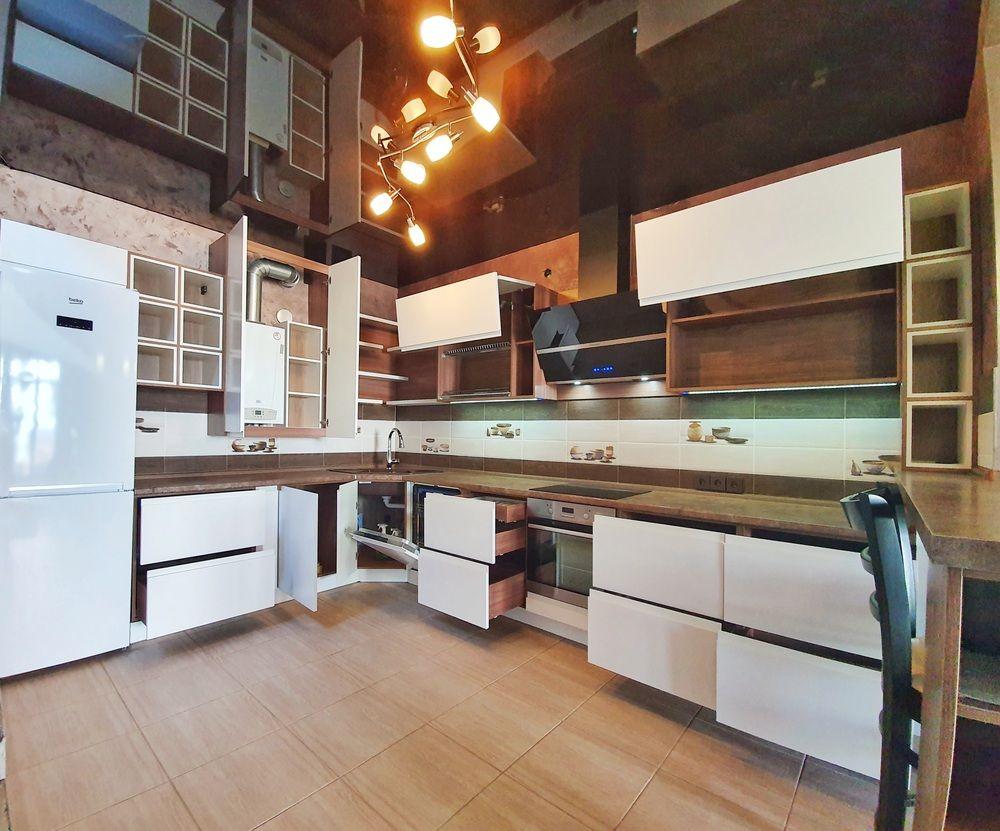 Белый кухонный гарнитур-Кухня МДФ в эмали «Модель 537»-фото5